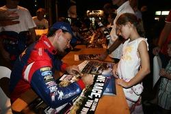 Michael Guest signing autographs