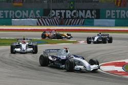 Nick Heidfeld, BMW Sauber F1 Team, F1.07 leads Robert Kubica, BMW Sauber F1 Team, F1.07