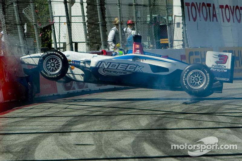 Paul Tracy crashes