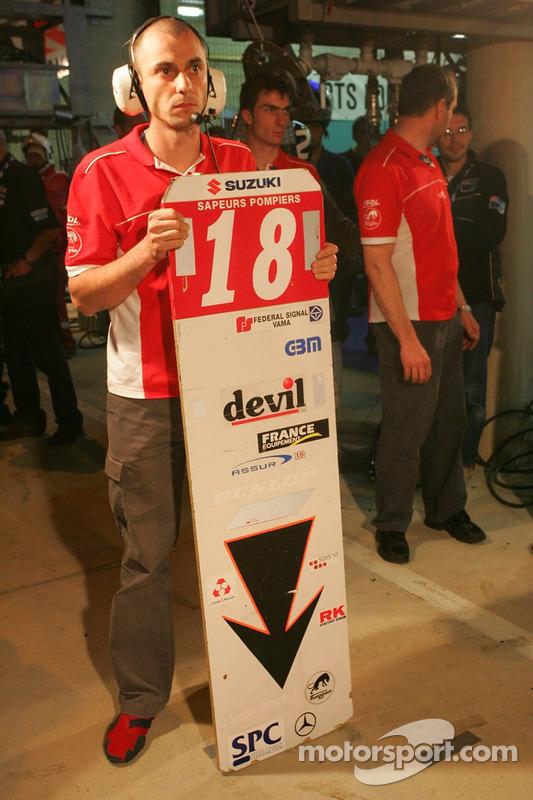 #18 Team 18 Sapeurs-Pompiers Suzuki: St. Molinier, G. Pialoux, D. Briere