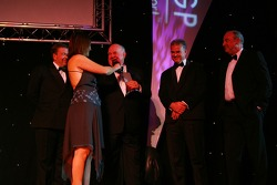 Colin Giltrap, Seat Holder of A1Team New Zealand takes the award for the A1 Team PR Excellence award