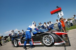 #8 Peugeot Total Peugeot 908 HDI FAP on the starting grid