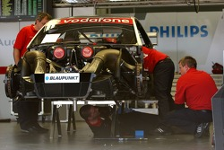 Work is being conducted on the car of Lucas Luhr, Audi Sport Team Rosberg, Audi A4 DTM