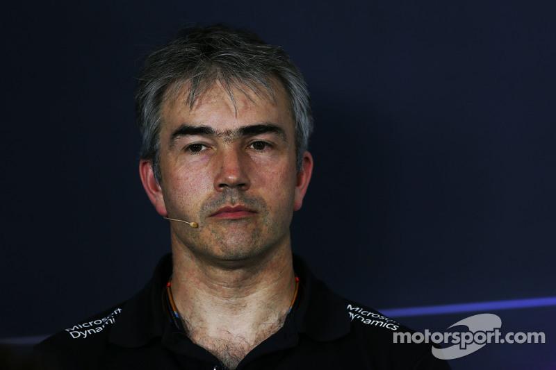 Нік Честер, Lotus F1 Team технічний директор на пресс-конференції FIA