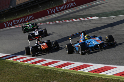 Pal Varhaug, Jenzer Motorsport, vor Oscar Tunjo, Trident
