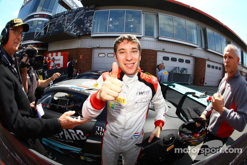 Race winner Robin Frijns celebrates