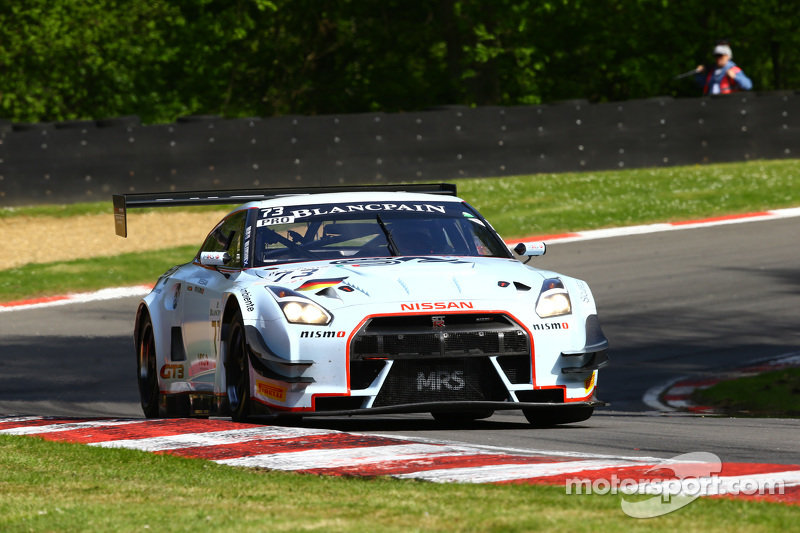 #73 MRS GT Racing, Nissan GT-R Nismo GT3: Sean Walkinshaw, Craig Dolby