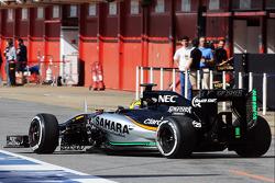 Sensoren am Auto: Nick Yelloly, Sahara Force India F1 VJM08, Testfahrer