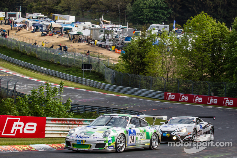 #74 Getspeed Performance Porsche 997 GT3 Cup: Ulrich Berg, Patrik Kaiser, #53 Gazoo Racing Lexus LFA Code X: Masahiko Kageyama, Hiroaki Ishiura, Kazuya Oshima, Takuto Iguchi