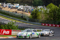 #74 Getspeed Performance, Porsche 997 GT3 Cup: Ulrich Berg, Patrik Kaiser und #53 Gazoo Racing, Lexus LFA Code X: Masahiko Kageyama, Hiroaki Ishiura, Kazuya Oshima, Takuto Iguchi