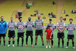 Foto del equipo en el partido de fútbol a beneficio
