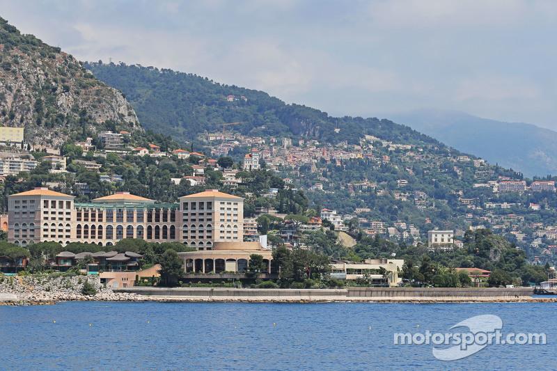 Der malerische Hafen in Monaco