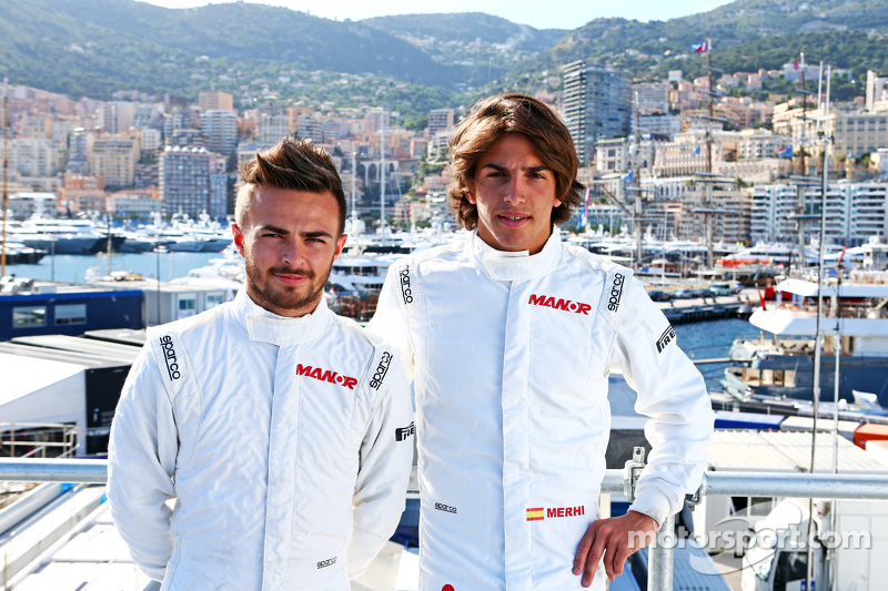(Kiri ke Kanan): Will Stevens, Manor F1 Team dengan rekan setim Roberto Merhi, Manor F1 Team