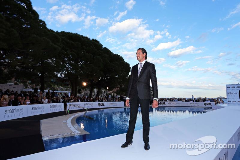 Adrian Sutil, Pembalap Cadangan Tim Williams saat berada di Amber Lounge Fashion Show