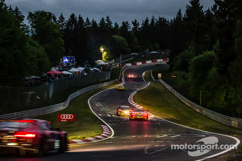 Night racing at Pflanzgarten
