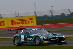 #21 Блек Фалкон Mercedes SLS AMG GT3: Hupert Haupt, Абдулазіз аль-Фейсал, Йелмер Бурман