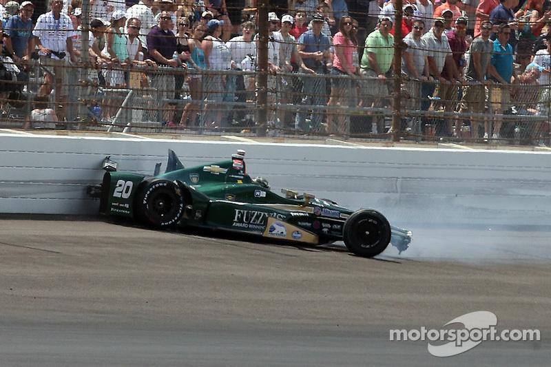 Ed Carpenter, CFH Racing, Chevrolet, mit Unfall
