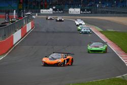 #58 Von Ryan Racing, McLaren 650S: Shane van Gisbergen, Robert Bell, Kevin Estre