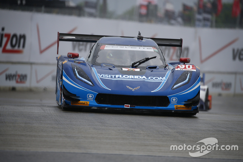 #90 VisitFlorida.com Racing, Corvette DP: Richard Westbrook, Michael Valiante