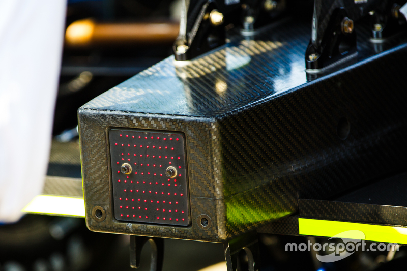 Rear caution/rain light