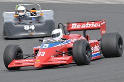 Sebuah mobil historic Grand Prix