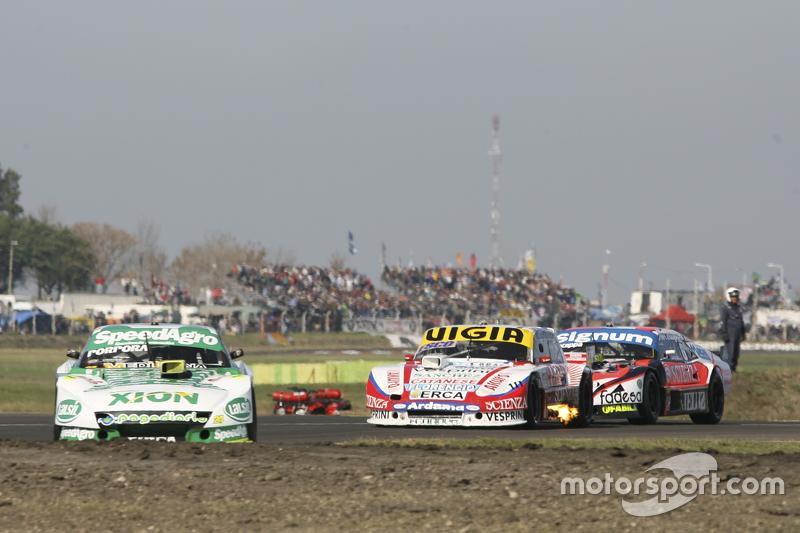 Emiliano Spataro, UR Racing, Dodge; Juan Manuel Silva, Catalan Magni Motorsport, Ford, und Guillermo Ortelli, JP Racing, Chevrolet