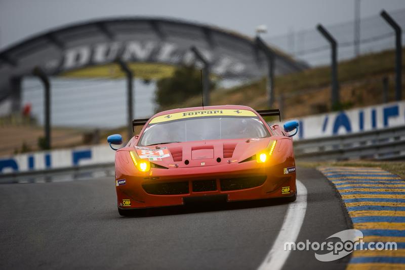 #81 AF Corse, Ferrari 458 GTE: Piergiuseppe Perazzini, Marco Cioci