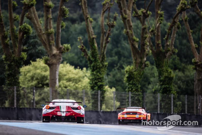 #61 AF Corse Ferrari 458 GTE: Peter Ashley Mann, Raffaele Giammaria, Matteo Cresсинi