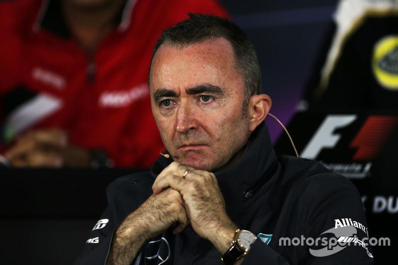 Падді Лоу, Mercedes AMG F1 Виконавчий директор, на пресс-конференції FIA