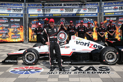 Ganador de la pole Will Power, del equipo Penske Chevrolet