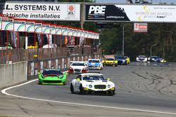 #84 Bentley Team HTP, Bentley Continental GT3: Maximilian Buhk, Vincent Abril