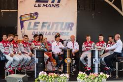 Audi Sport Team Joest: Marcel Fässler, Andre Lotterer, Benoit Tréluyer, Lucas Di Grassi, Loic Duval, Oliver Jarvis, René Rast, Filipe Albuquerque