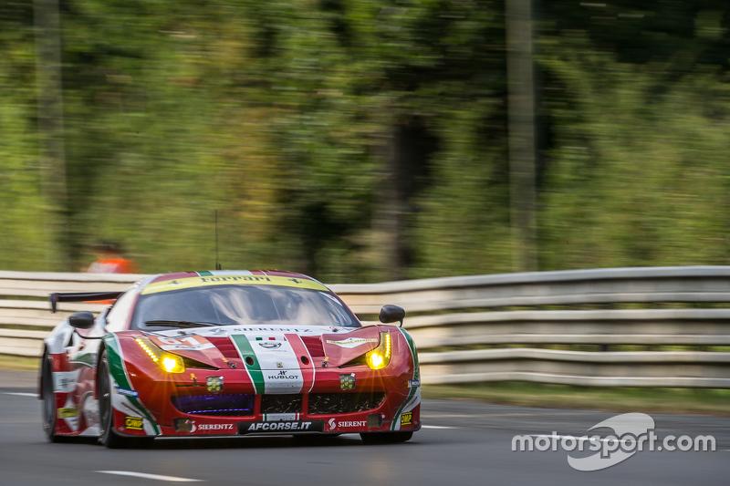 #61 AF Corse Ferrari 458 GTE: Peter Ashley-Mann, Raffaele Giammaria, Matteo Cresсинi