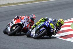 Валентіно Россі, Yamaha Factory Racing та Андреа Довізіосо, Ducati Team
