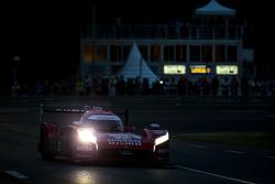 #22 Nissan Motorsports Nissan GT-R LM NISMO: Harry Tincknell, Alex Buncombe, Michael Krumm
