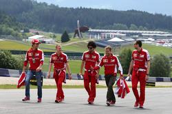 Esteban Gutierrez, Scuderia Ferrari and Sebastian Vettel, Scuderia Ferrari