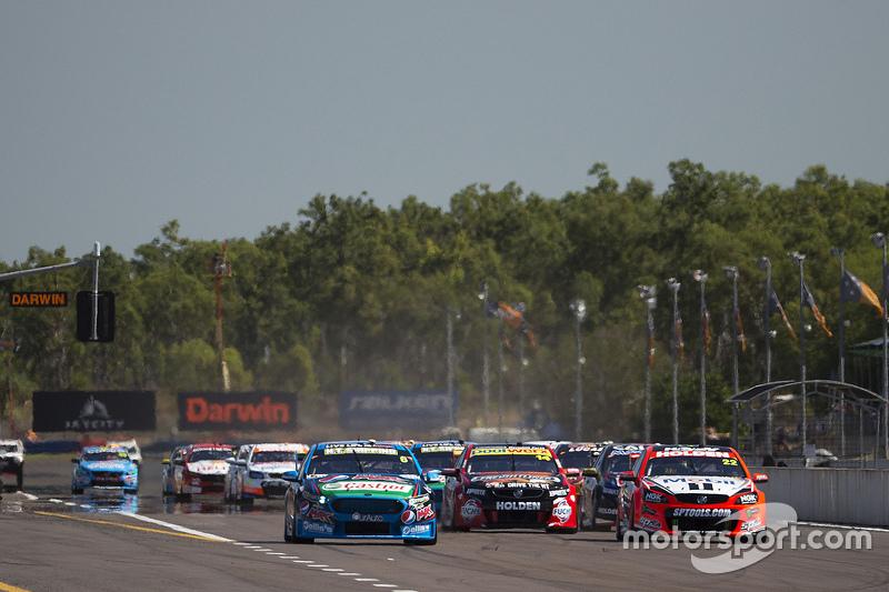 Start: Chaz Mostert, Prodrive Racing Australia Ford