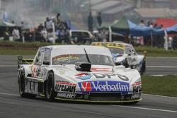 Leonel Sotro, Alifraco Sport, Ford, und Mauricio Lambiris, Coiro Dole Racing, Torino