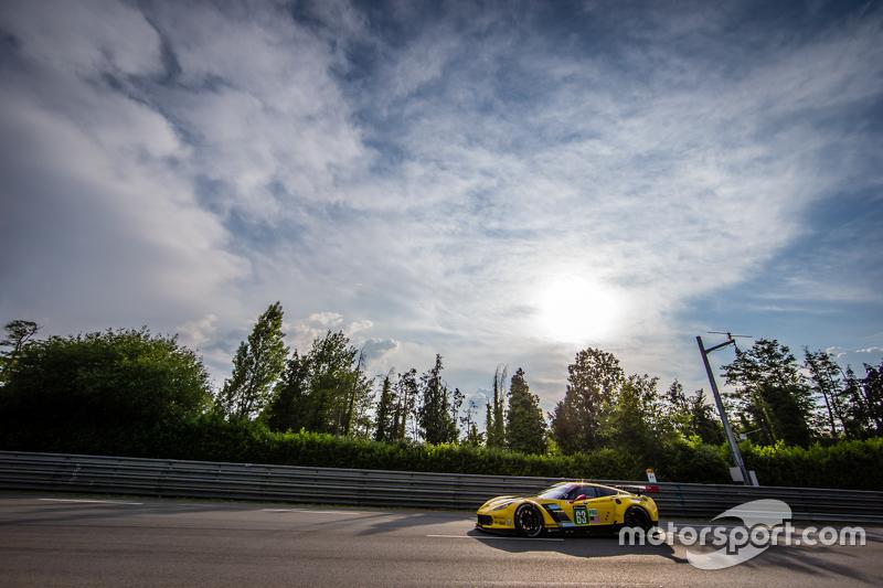 #63 Corvette Racing Corvette C7.R: Ян Магнуссен, Антоніо Гарсія, Райан Бріско