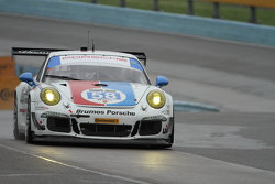 #58 Wright Motorsports, Porsche 911 GT America: Madison Snow, Jan Heylen
