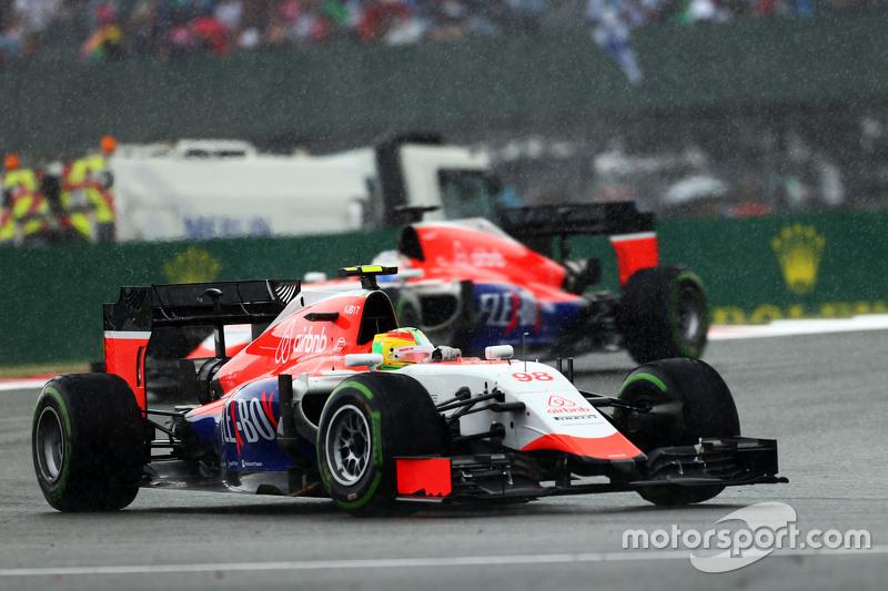Roberto Merhi, Manor F1 Team in the rain.
