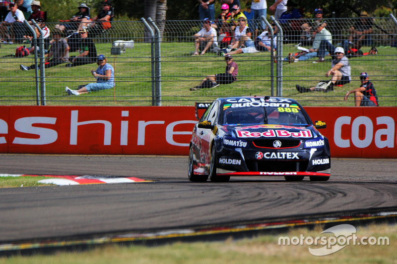 Craig Lowndes, Triple Eight Race Engineering Holden