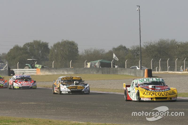Nicolas Bonelli, Bonelli Competicion Ford, dan Leonel Pernia, Las Toscas Racing Chevrolet, dan Guillermo Ortelli, JP Racing Chevrolet