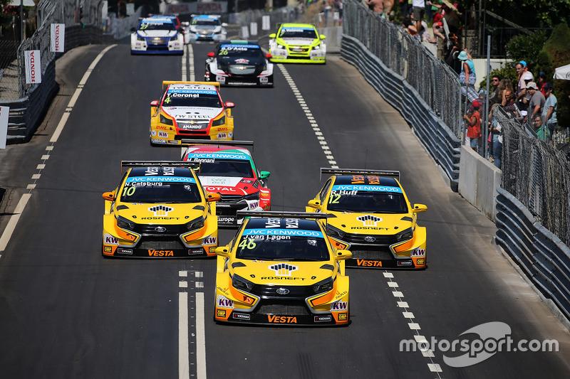 Jaap van Lagen, Lada Vesta WTCC, Lada Sport Rosneft, Nicky Catsburg, Lada Vesta WTCC, Lada Sport Rosneft and Rob Huff, Lada Vesta WTCC, Lada Sport Rosneft