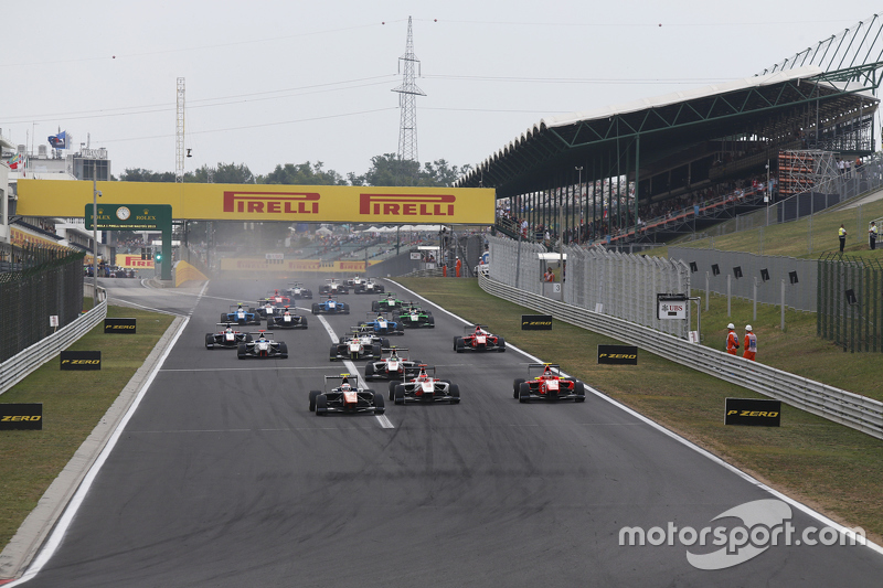 Luca Ghiotto, Trident, memimpin Esteban Ocon, ART Grand Prix, dan Emil Bernstorff, Arden International di start
