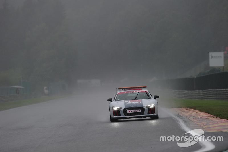 Audi safety car