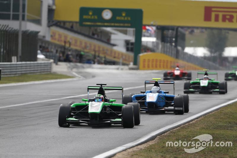 Seb Morris, Status Grand Prix memimpin Matheo Tuscher, Jenzer Motorsport