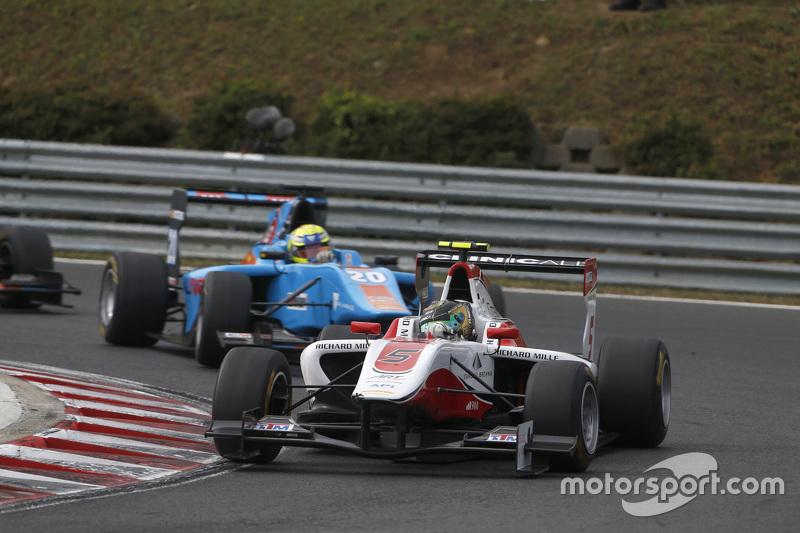 Марвін Кірчхофер, ART Grand Prix лідирує  Пел Вархауг, Jenzer Motorsport