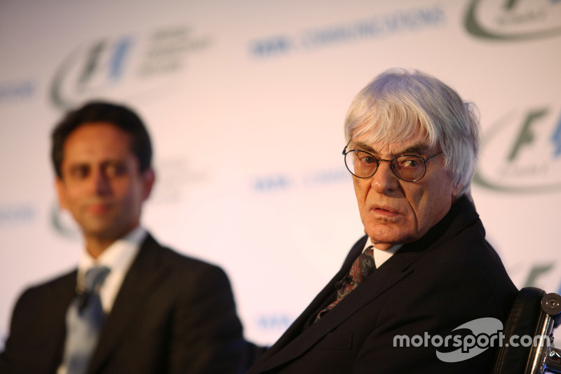 Vinod Kumar, MD & CEO, Tata Communications en Bernie Ecclestone