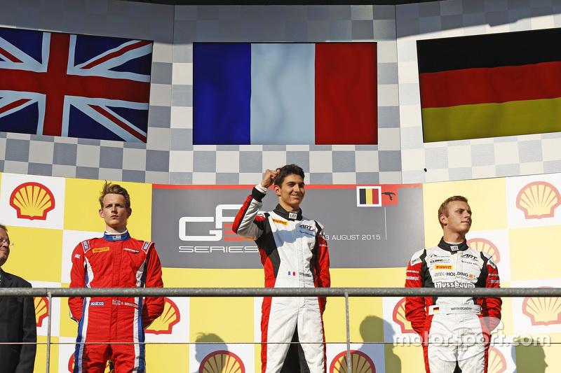 Podium: second place Emil Bernstorff, Arden International and winner Esteban Ocon, ART Grand Prix and third place Marvin Kirchhofer, ART Grand Prix